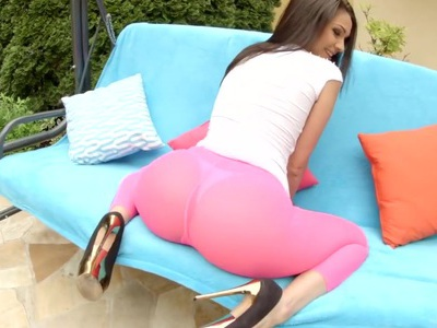 Amazing European girl showing her perfect ass