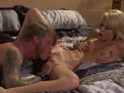 Monique Alexander gets licked by tattooed dude