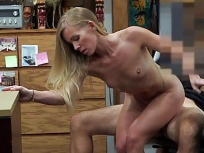 Blond slut sells her car sells her pussy