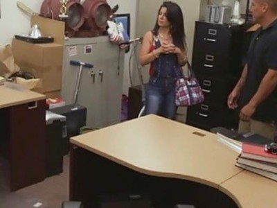 Latina chick sucked and stroked a cock like a champ