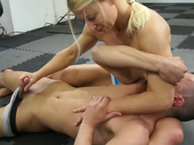 Dirty Wrestling Pit - Zita- She Can Force You To Cum