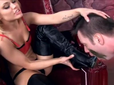 Ash Hollywood dirty boots licking