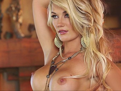 Beautiful blonde model Nikki du Plessis