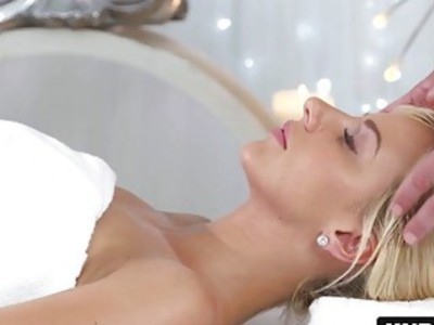 Heavily oiled Czech blonde Nathaly Cherie rides masseurs hard cock