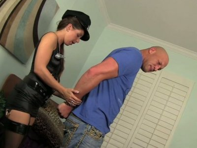 Police girl Mia Gold punishes one criminal guy