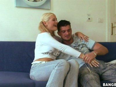 Czech slut Alexa Bold gives a head to her boyfriend on a cam