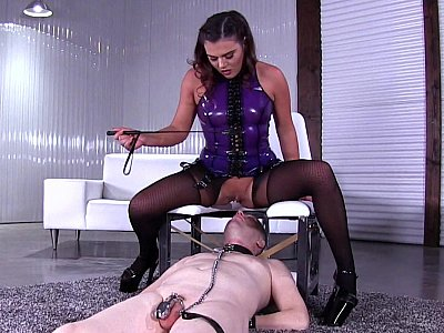 Evil Mistress having her pussy eaten out