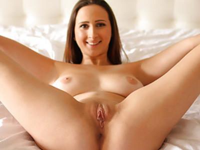 Ashley Adams starts the morning hot and horny