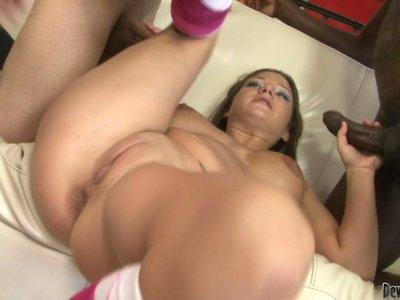 Hardcore action performer Charity Bangs shows her talents in gangbang session