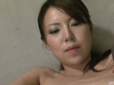 Dirty and kinky Rino Asuka plays solo with two sex toys