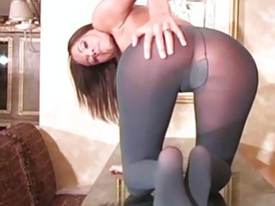 Minx in sexy pantyhose feels severe vagina itching