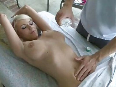 Hunk is having pleasure taming babes bawdy cleft